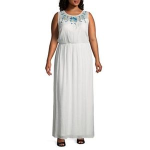Alyx Sleeveless Floral Embroidered Maxi Dress NWT
